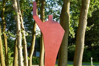 """Scheuerpfahlskulptur """"Skulptur ohne Namen"""""""