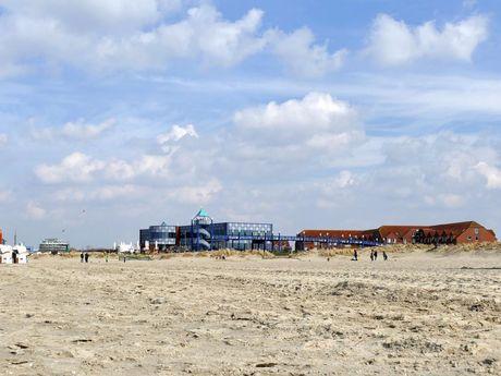 Strandkörbe am Strandbad von Norddeich