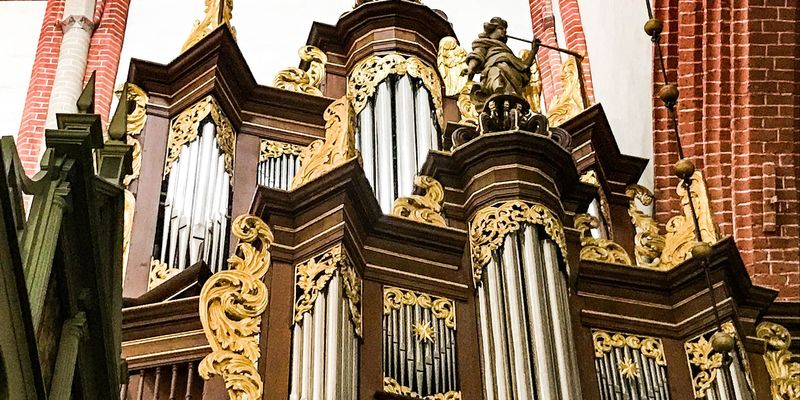 Ludgerikirche Norden - Orgelmusik zur Marktzeit