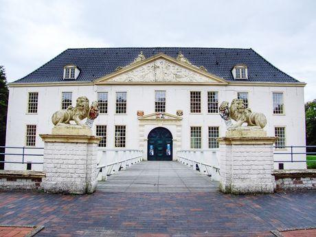 Burgen und Schlösser in Ostfriesland