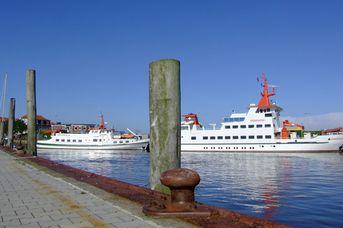 Schiffs- und Erlebnisfahrten ab Spiekeroog