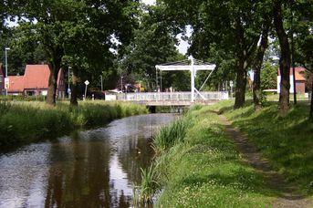 Augustfehn-Kanal & Treidelpfad