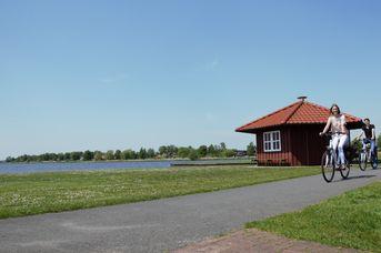 Grillhütte an der Paddel und Pedalstation