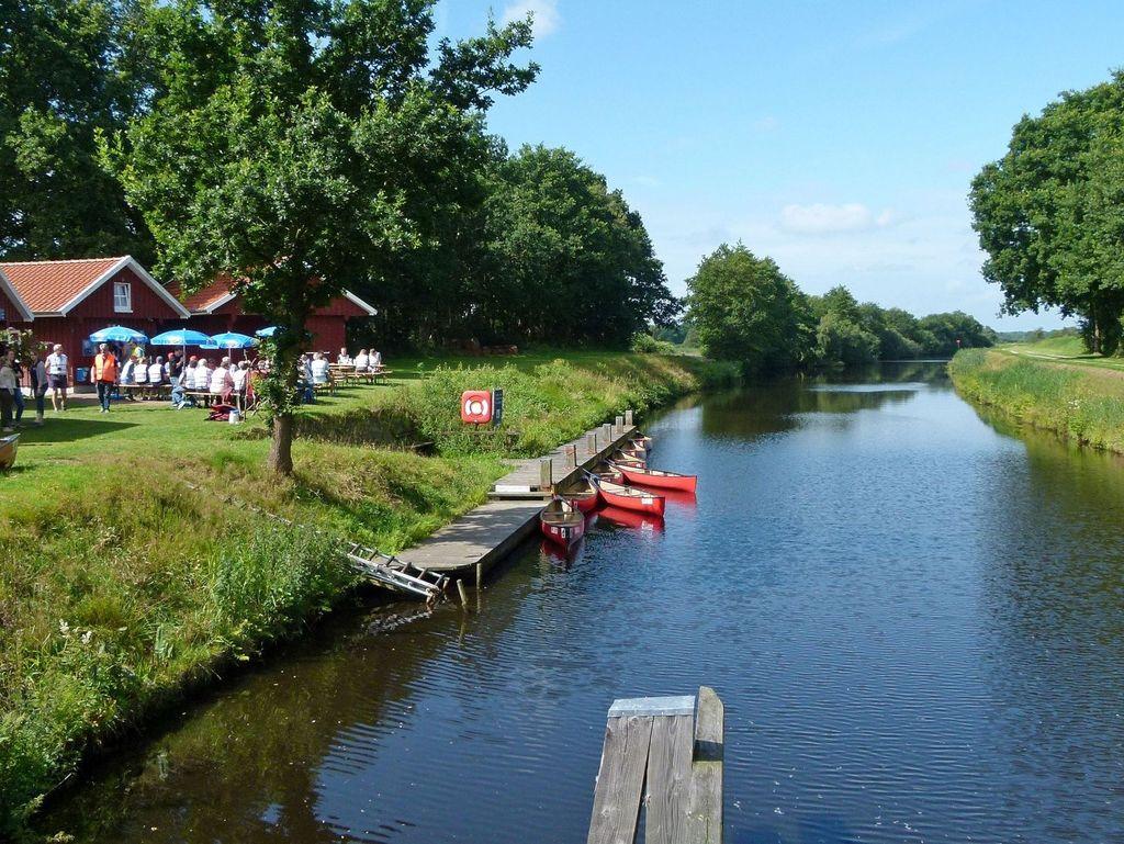 Veranstaltung an der Paddel- und Pedalstation in Friedeburg