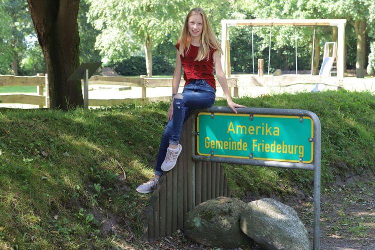 """Das Ortsschild vom Ortsteil """"Amerika"""" in der Gemeinde Friedeburg"""