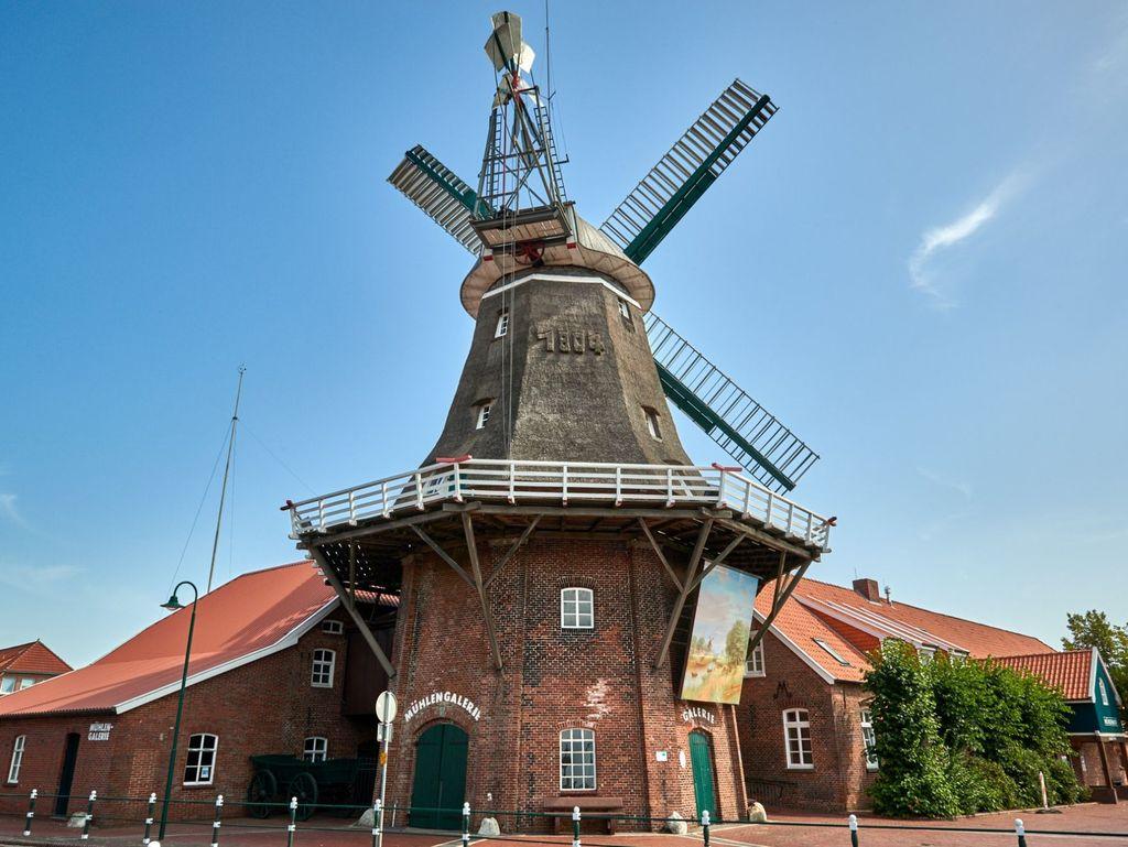 Die Mühle mit Mühlengalerie in Ostgroßefehn