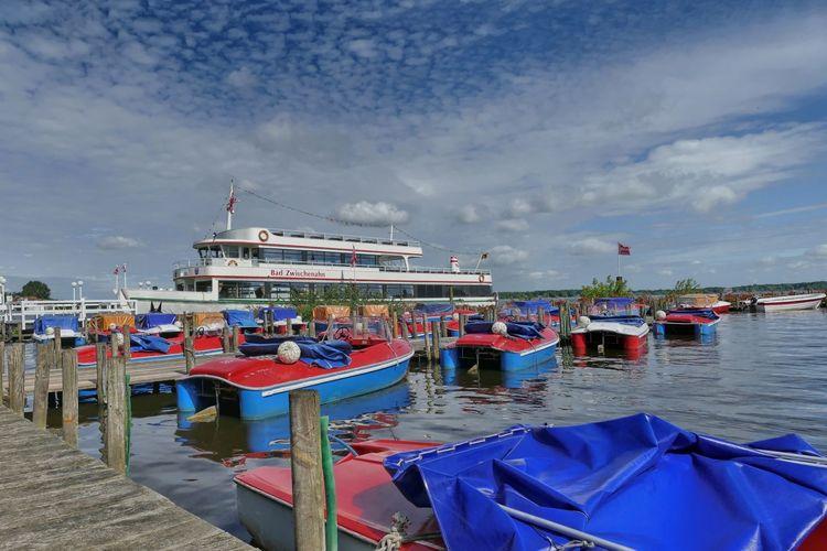 Fahrgastschiffe
