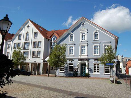 Fassaden von Gebäuden in der Innenstadt von Varel