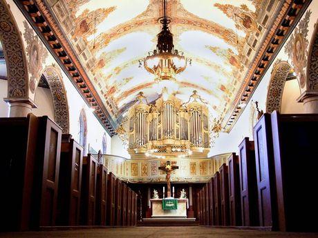Kirchen und Orgeln