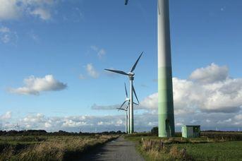 Dem Wind entgegen - Besichtigung der begehbaren Windkraftanlage in Westerholt