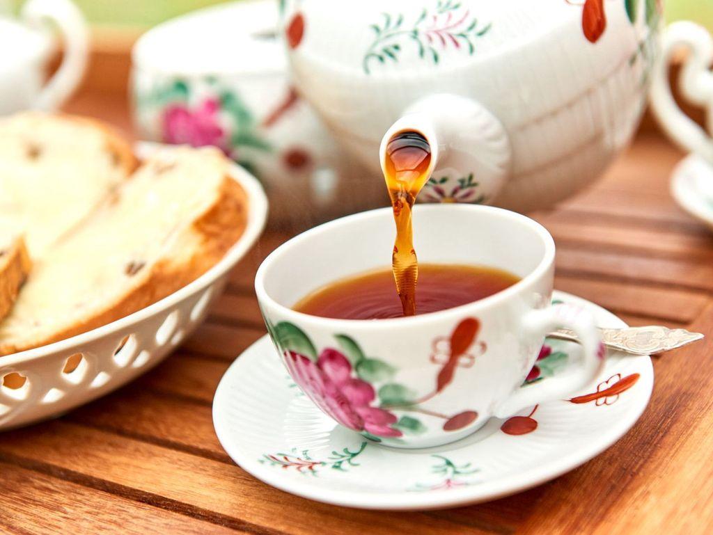 Ostfriesische Teezeremonie in Holtriem