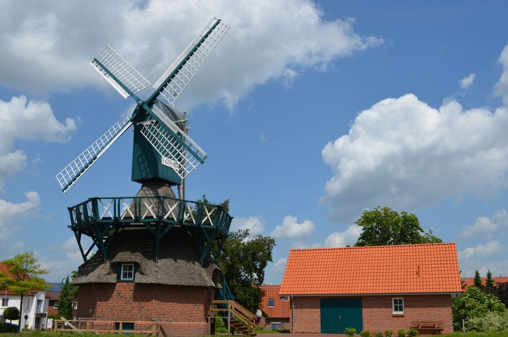 Außenansicht der Kokerwindmühle in Edewecht