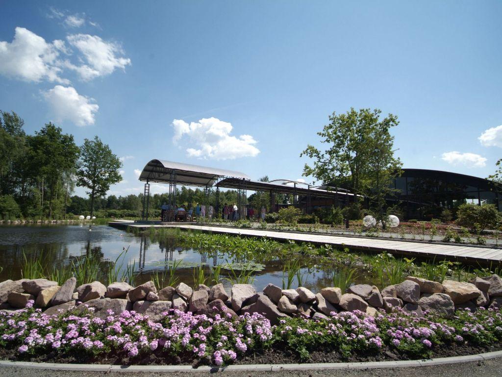 Großer Teich im Blumenreich in Wiesmoor