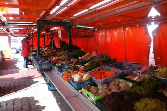 Wochenmarkt in Apen
