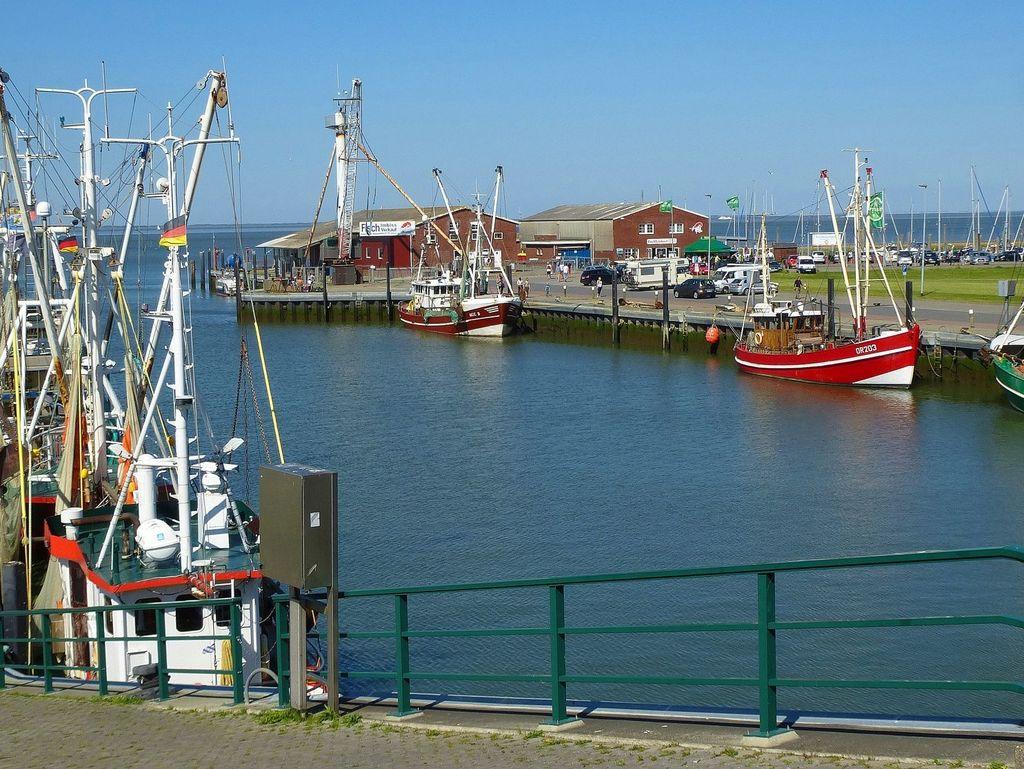Hafen von Dornumersiel