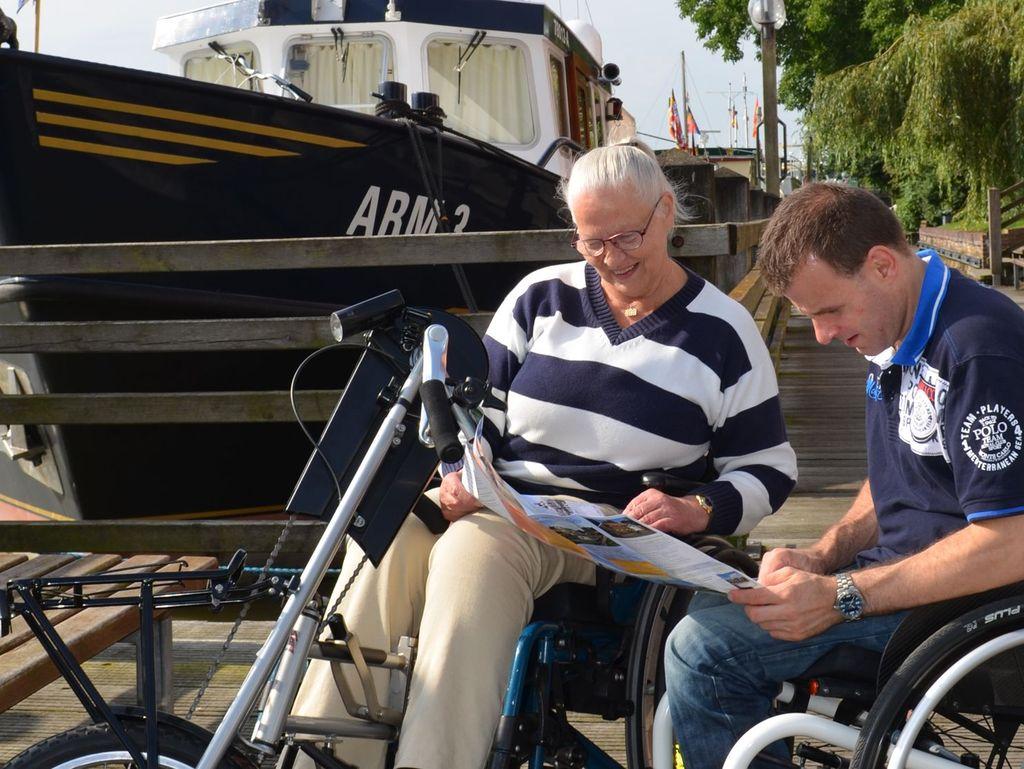 Barrierefreiheit für Menschen im Rollstuhl am Hafen von Leer